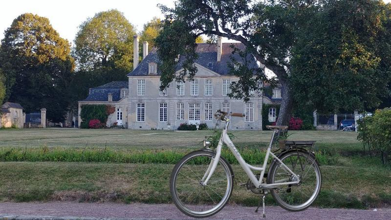 E-bike at chateau